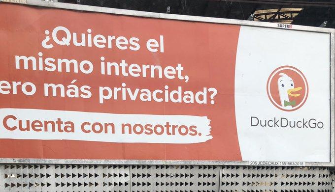 [Imagen] - Anuncios de DuckDuckGo por toda España